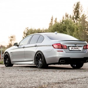 BMW 5er F10 mit Twin Monotube Felgen